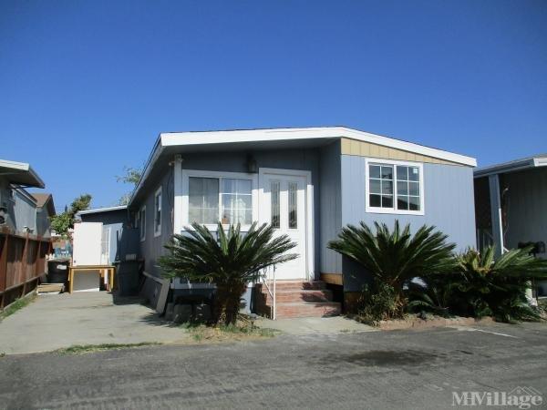 Photo 0 of 2 of park located at 15325 Orange Avenue Paramount, CA 90723