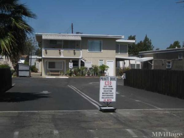 Photo 0 of 2 of park located at 1973 Newport Boulevard Costa Mesa, CA 92627