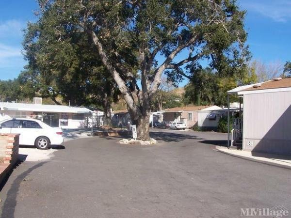 Photo of Royal Oaks Mobile Park, Canyon Country, CA