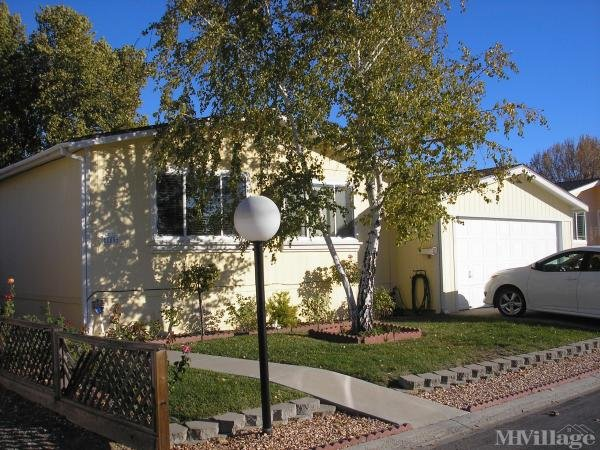 Meadowbrook Mobile Home Park in Templeton, CA | MHVillage