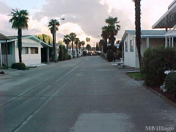 Photo of Walnut Hills Mobile Home Community, Walnut, CA