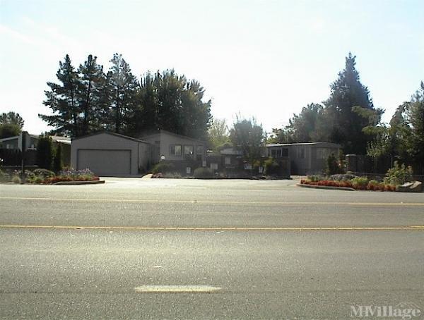 Photo of Westwood Mobile Community, Diamond Springs, CA