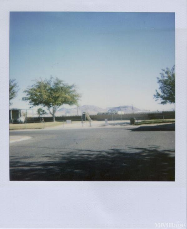 Photo of Whispering Winds Mobile Home Park, Ridgecrest, CA