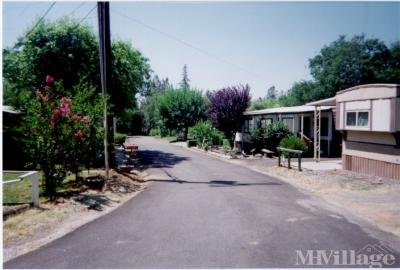 Mobile Home Park in Shasta Lake CA
