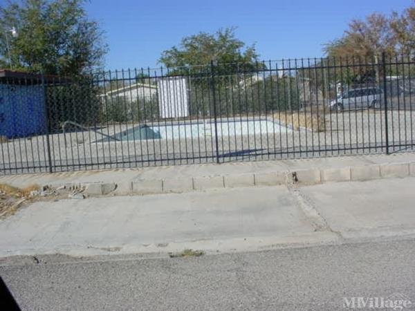 Photo of Desert Oasis Mobile Home Park, Rosamond, CA