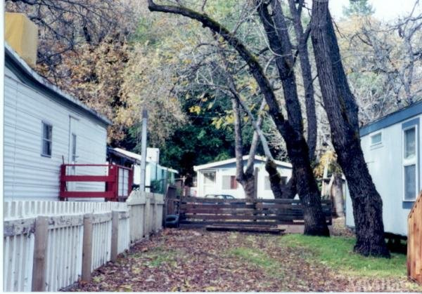 Photo of Blue Lakes Mobile Home Park, Upper Lake, CA