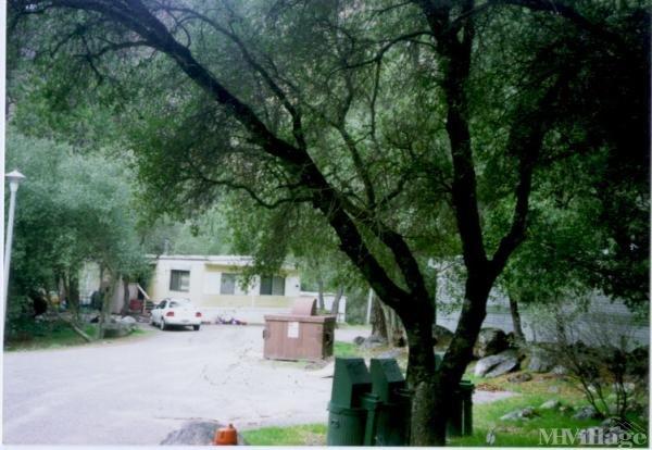 Photo of El Portal Mobile Home Park, El Portal, CA
