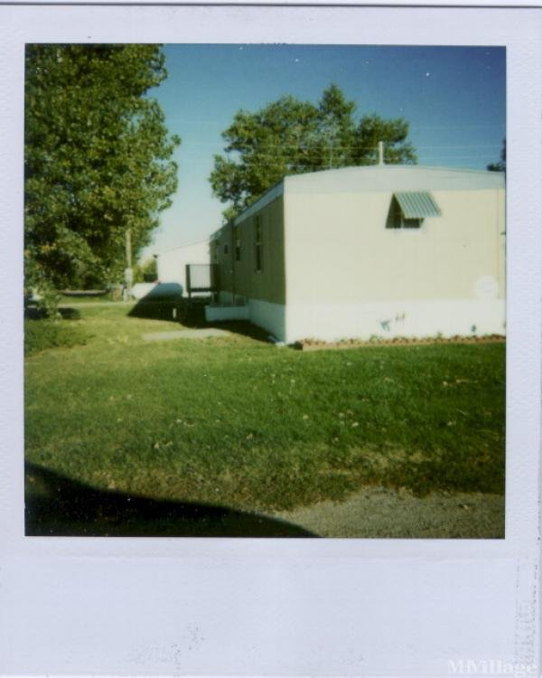Photo of Country Gardens Mobile Home Park, Strasburg, CO