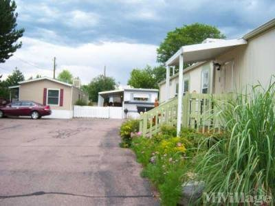 Mobile Home Park in Lakewood CO