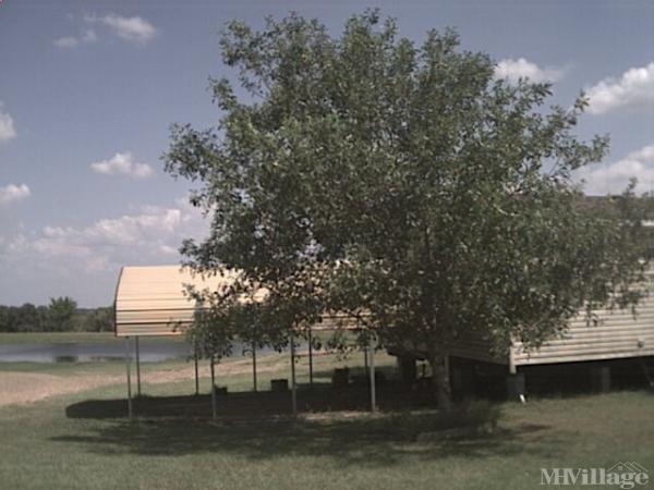 Photo of Dillard Mobile Home Park, Warrenton, TX