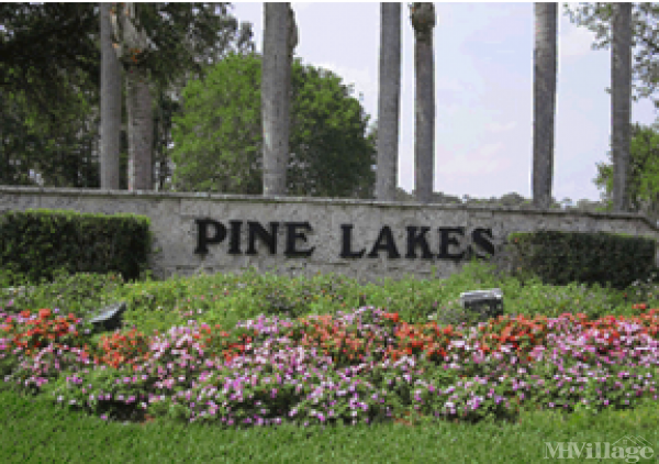 Pine Lakes Country Club Mobile Home Park in North Fort Myers, FL