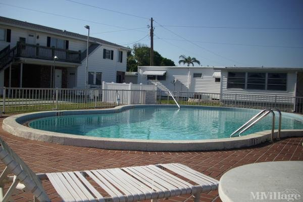 Photo of Blue Horizon Mobile Home Park, Clearwater, FL