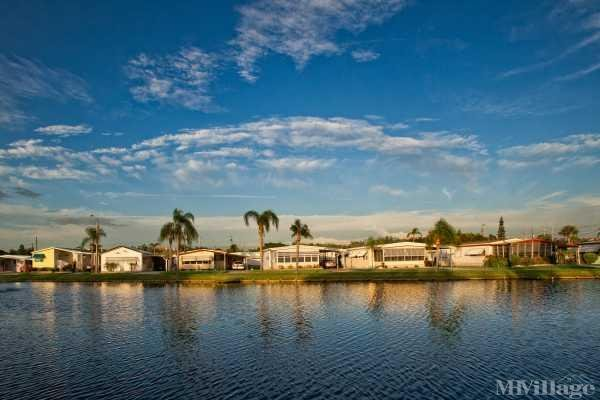Photo of Gateway Mobile Home Park, Saint Petersburg, FL