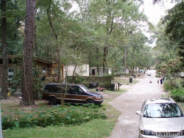 Photo of Lake Harper Mobile Home Park, Lake City, FL