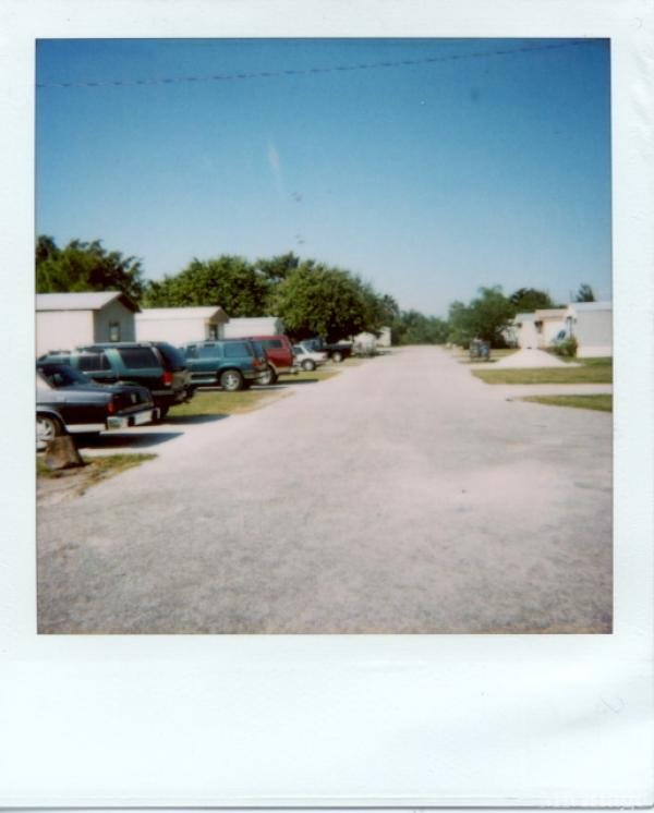 Photo of Foxbriar Mobile Home Park, Clewiston, FL