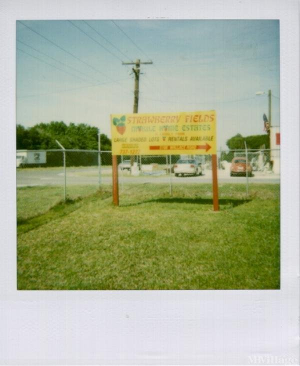 Photo of Strawberry Fields Mobile Home Park, Plant City, FL
