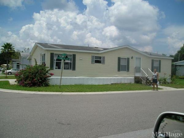Three Lakes Mobile Home Community Mobile Home Park in Tampa, FL