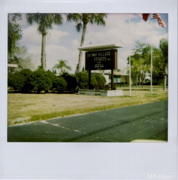 Photo of Skyway Village Mobile Home Park, Palmetto, FL