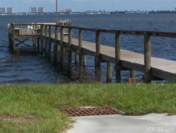 Photo of Blue Heron Mobile Home Park, Jensen Beach, FL