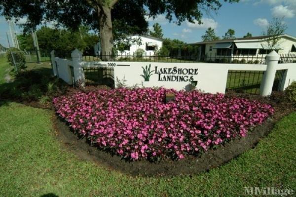 Lakeshore Landings Mobile Home Park in Orlando, FL