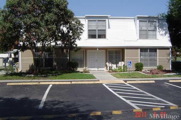 Photo of Valencia Estates Mobile Home Park, Apopka, FL