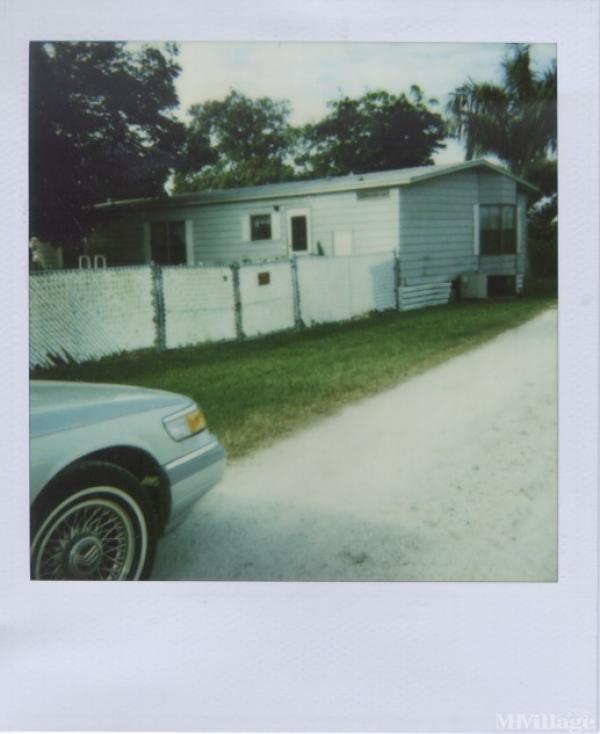 Photo of Duncan Padgett Mobile Home Park, Pahokee, FL