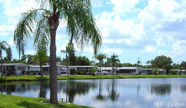 Crystal Lake Mobile Home Park in Pinellas Park, FL