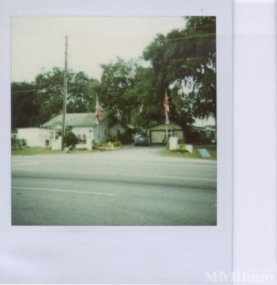 Mobile Home Park in Dundee FL