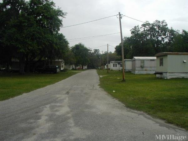 Photo of Silver Lake Oaks Mobile Home Village, Palatka, FL