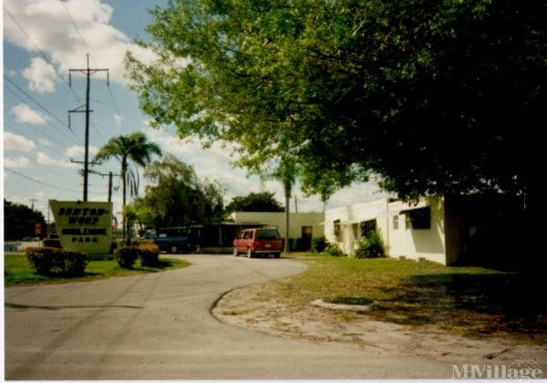 Photo of Bentonwood Mobile Home Park, Fort Pierce, FL