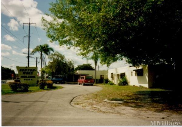 Photo of Bentonwood Mobile Home Park, Fort Pierce, FL