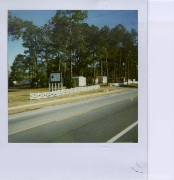 Photo of Live Oak Pines Mobile Home Park, Live Oak, FL