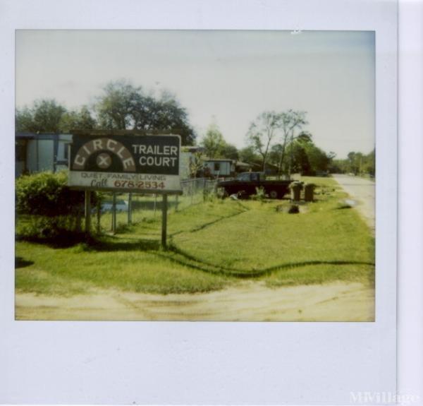 Photo of Circle X Trailer Court, Niceville, FL