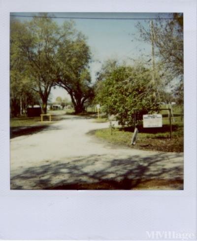 Mobile Home Park in Dover FL