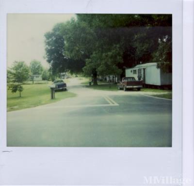Mobile Home Park in Grand Ridge FL