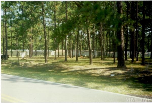 Photo of Val Del Mobil Home Park, Hahira, GA