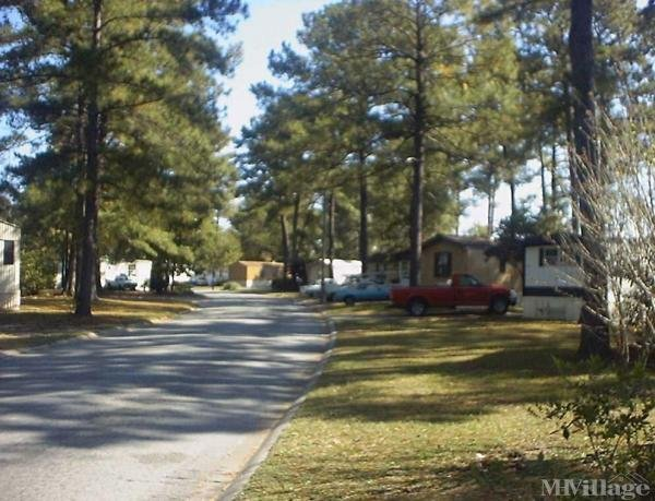 Photo of Nassau Woods Mobile Home Community, Garden City, GA