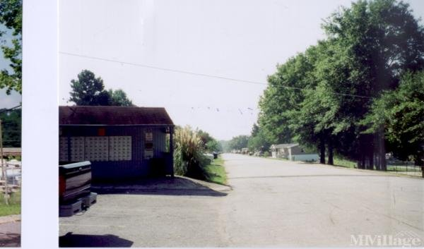 Photo of Riverside Estates Mobile Home Park, Covington, GA