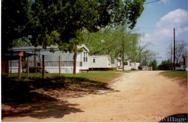Photo of Shady Grove Mobile Home Park, Valdosta, GA