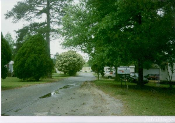 Photo of Sheltering Pines Mobile Home Park, Macon, GA