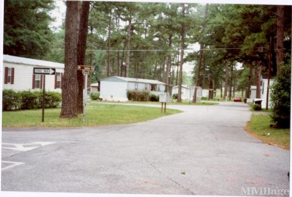 Photo of Moody Air Force Base Mobile Home Park, Valdosta, GA