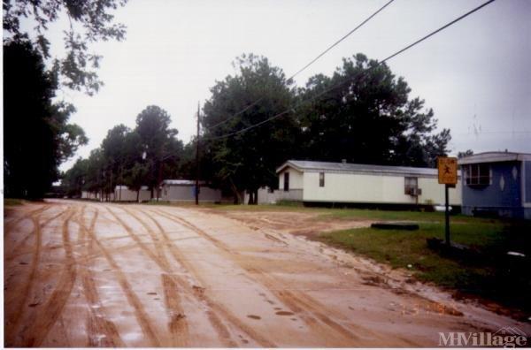 Photo of Golden Road Mobile Home Park, Tifton, GA