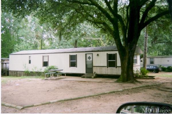 Photo of Palmyra Mobile Home Park, Leesburg, GA