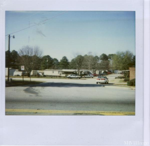 Photo of Wagon Train Mobile Home Park, Covington, GA
