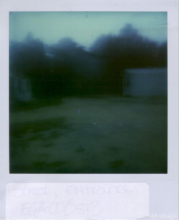 Photo of Bird Mobile Home Park, Statesboro, GA