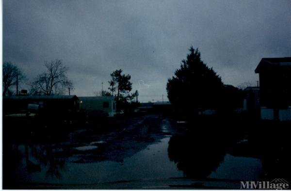 Photo of Crossroads Mobile Home Park, Perry, GA