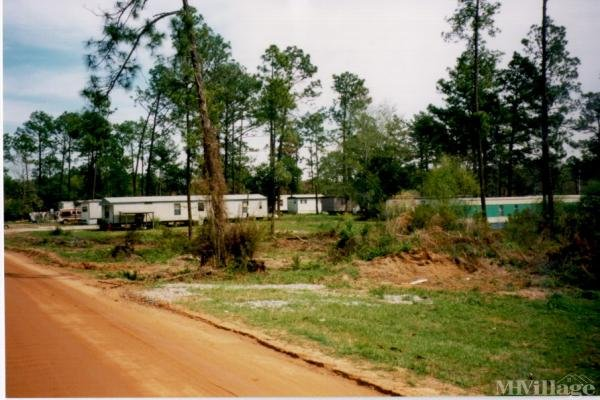 Photo of Town & Country Mobile Home Park, Douglas, GA