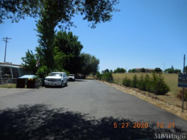 Photo of Twin Cypress Mobile Home Park, Knights Ferry, CA