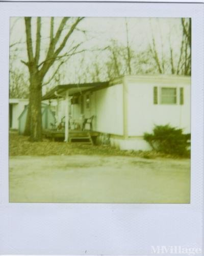 Mobile Home Park in Windsor Heights IA