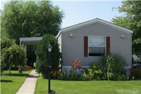 Linway Estates Mobile Home Park in Chicago Heights, IL